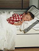 Insufficient, Irregular Sleep Tied to Kids' Obesity