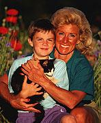 'Kinship Caregivers' Get Less Help Than Foster Parents: Study